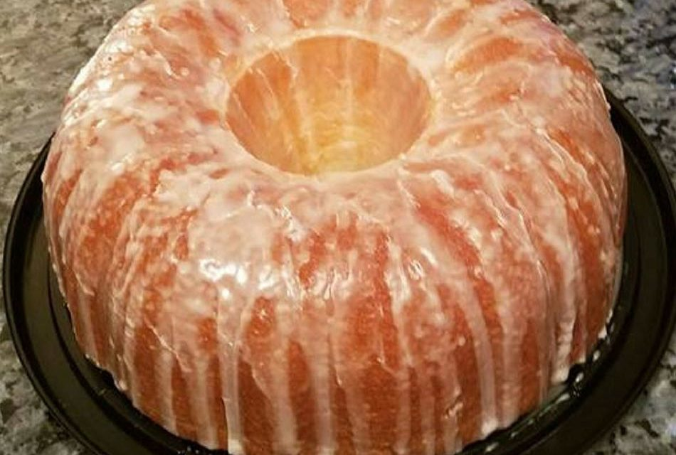7UP Pound Cake by Loretta Haymon