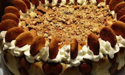 Banana Pudding Cheesecake by Keisha Windom-Johnson
