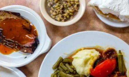 Arnold's Country Kitchen – Nashville, TN