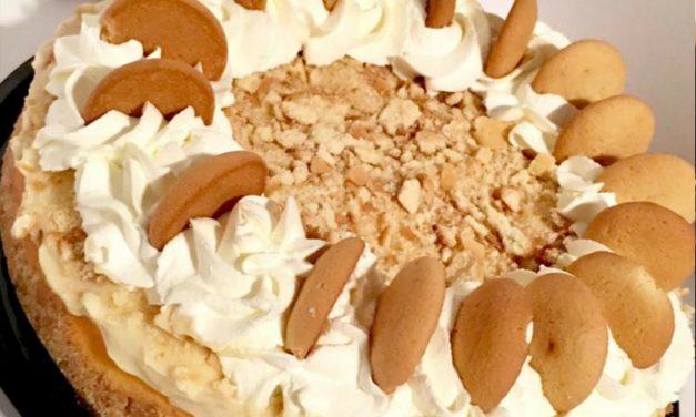 Banana Pudding Cheesecake by Latorra Garland