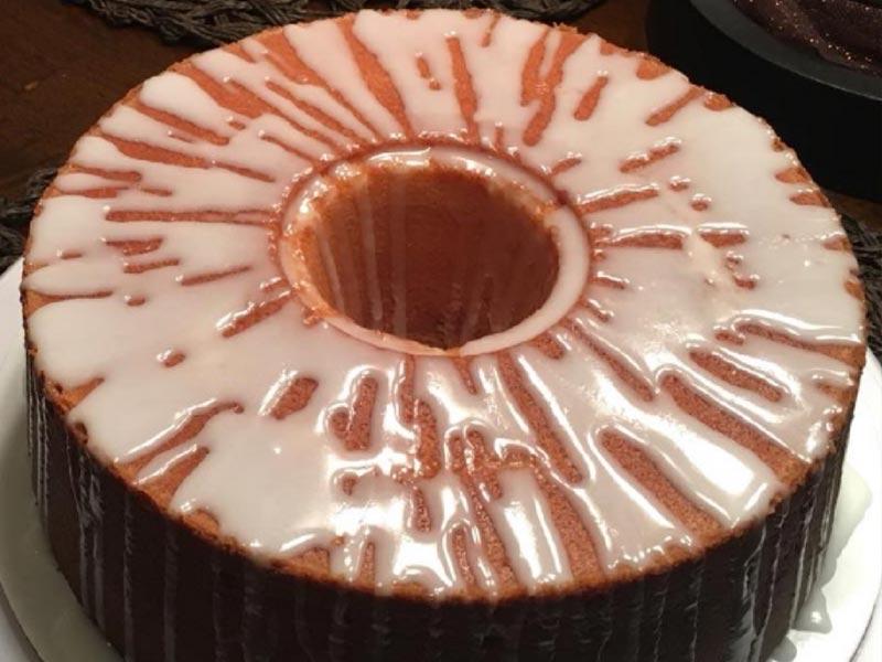 7UP Pound Cake by Iris Warren