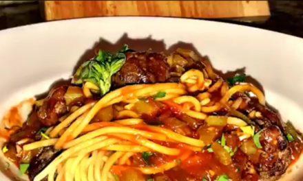 Barbecue Spaghetti & Meatballs