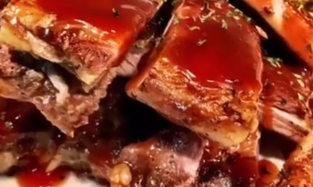 Oven Baked Apple Barbecue Ribs