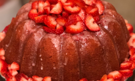 Sharon Thomas's Pound Cake